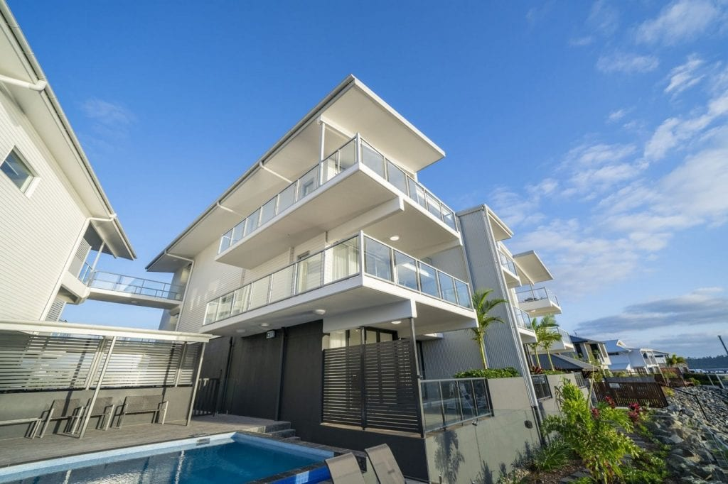 Harbour Cove Apartments Airlie Beach